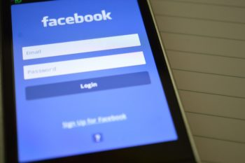 How to use 5 formats of Facebook posts in restaurant online marketing?