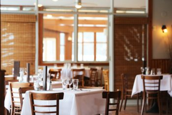 6 benefits of an online booking system at your restaurant